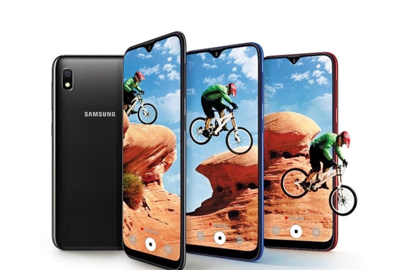 """Résultat de recherche d'images pour """"Samsung Galaxy A10"""""""