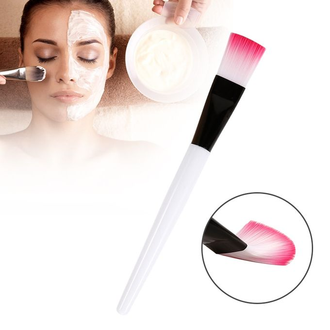brosse de masque facial